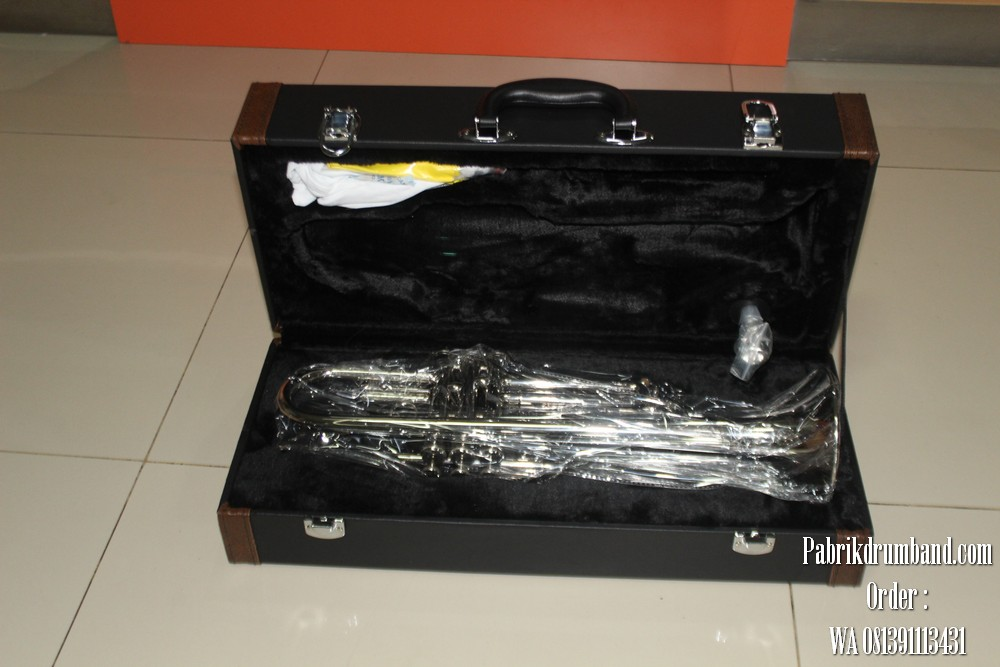 6jual alat drumband 081391113431 alat