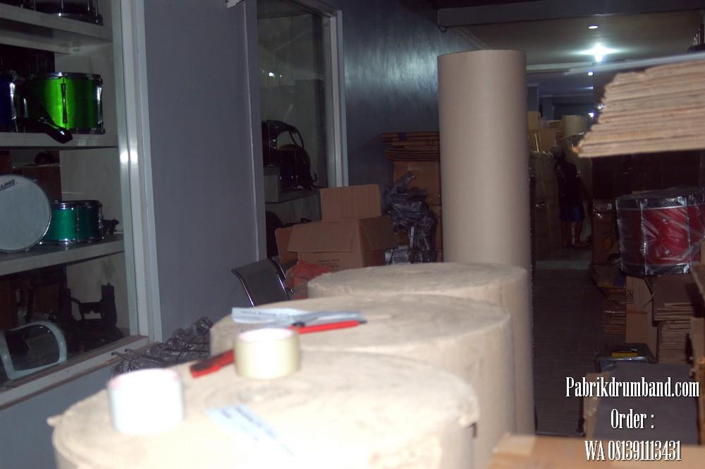 7jual alat drumband 081391113431 pengiriman